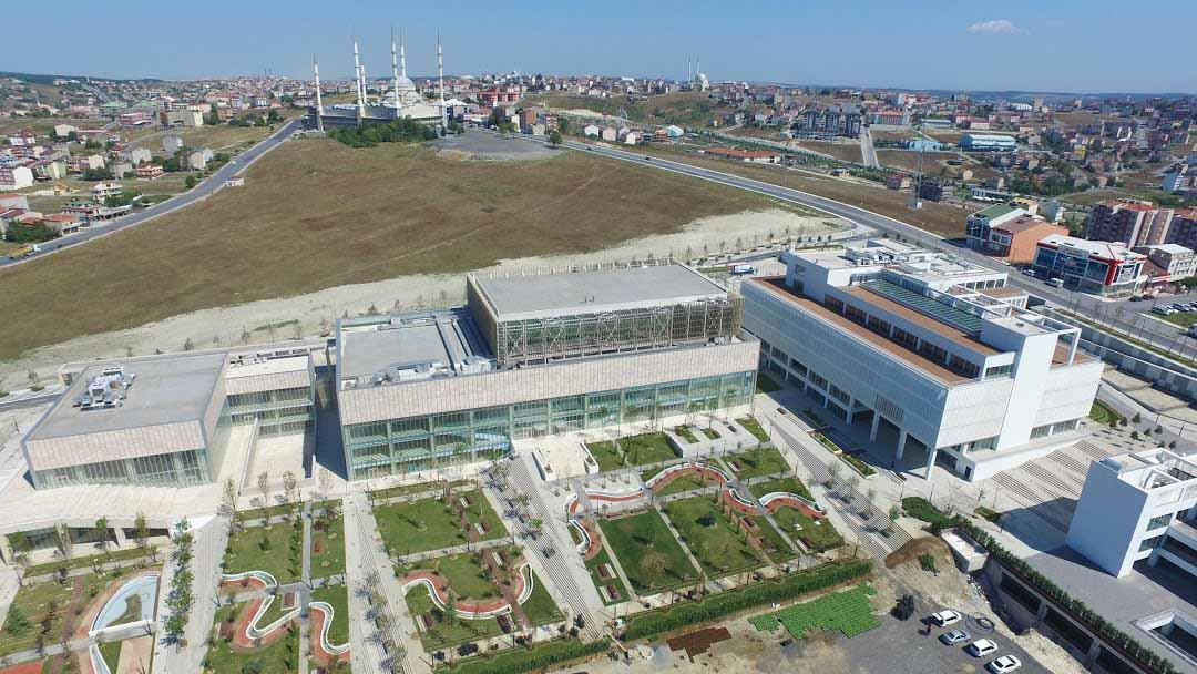 Arnavutköy Belediyesi Yönetim Merkezi