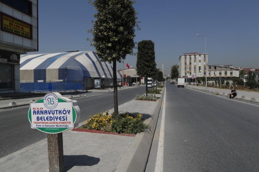 Fatih Caddesi Orta Refüj Çalışması Tamamlandı