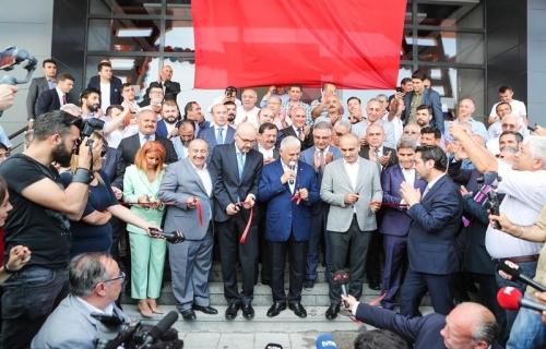 Taksiciler Kooperatifi Binası'nın Açılışı Gerçekleştirildi