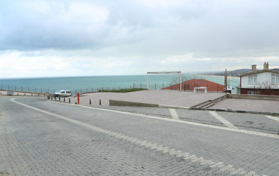 Eşsiz Manzarası ile Karaburun Meydanı Tamamlandı